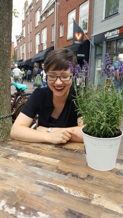 Leonie zoekt een Appartement/Huurwoning/Kamer/Studio in Rotterdam